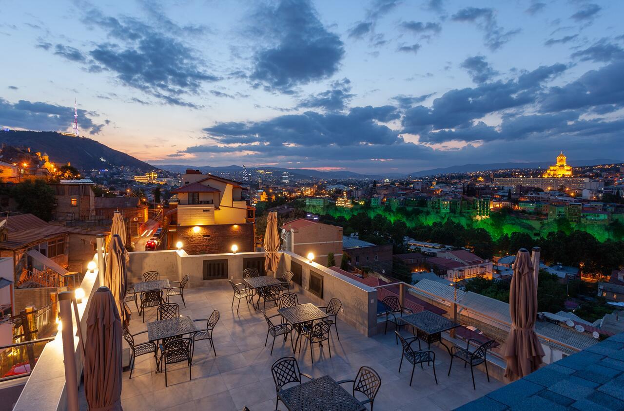 brooch hotel tbilisi