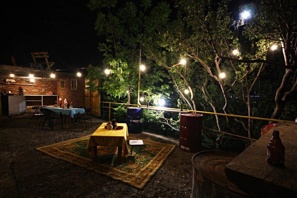 dingo hostel kutaisi rooftop