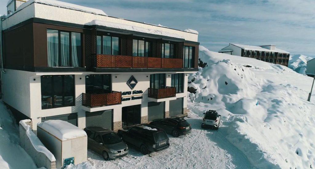 snow rooms gudauri