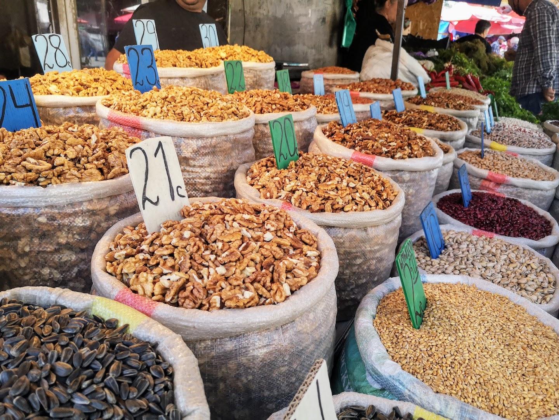 tbilisi dezerter bazaar market spices