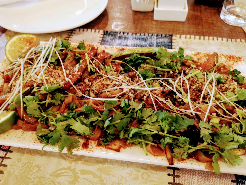 mama terra tbilisi veggie corner menu pad thai