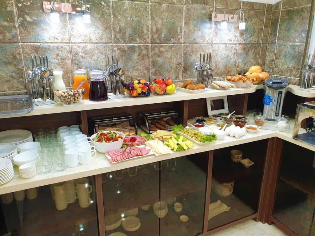 hotel park batumi breakfast