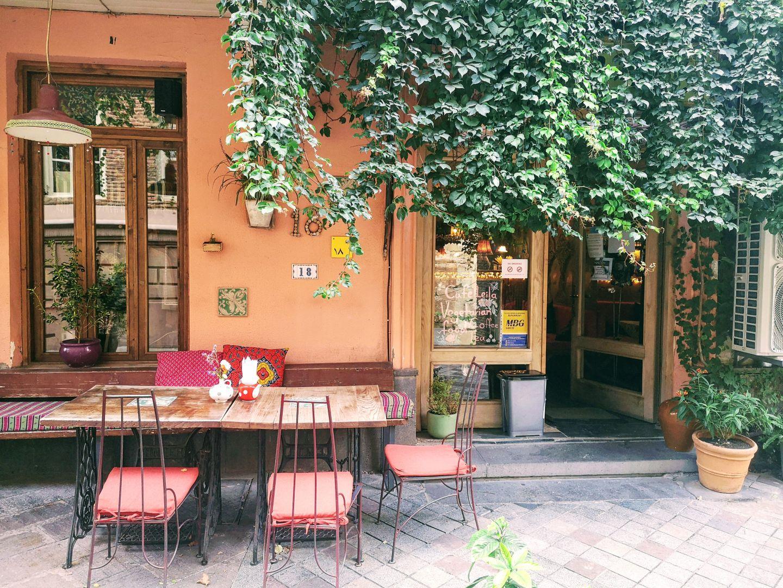 vegetarian restaurant cafe leila tbilisi