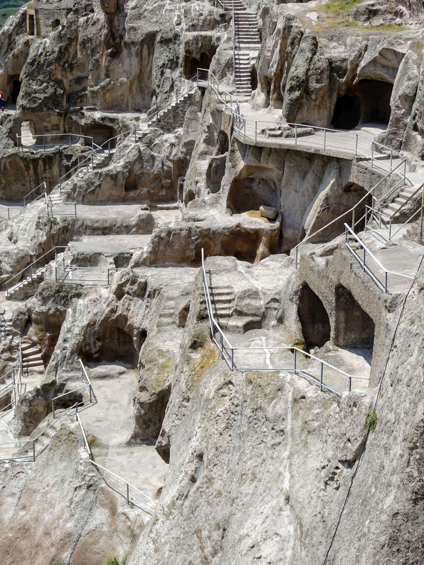 vardzia cave complexe