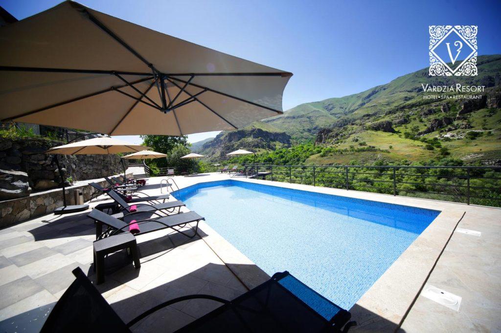 Vardzia Resort Pool